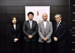 タージホテルズ日本代表と卒業生