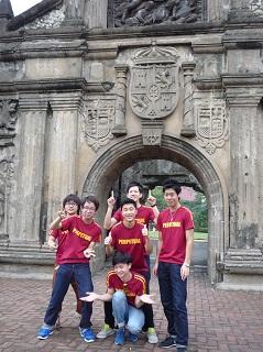 15. リサール記念館、サンチャゴ要塞などマニラ市内観光<br> UPHの学生から説明を受けながら施設を見学しました