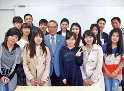 (2015年度留学生 中国6名、台湾1名、韓国5名、ネパール1名、ベトナム1名)