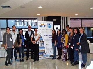 イタリア、ケニヤ、インド、メキシコ、スペイン、トルコの6か国から参加しているヤング・スコールの皆さん<br>ホテル・メリア・デル・ソルにて