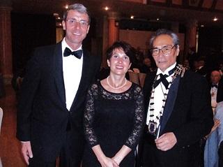 ホテル・メリア・デル・ソルでのガラディナ(晩餐会)<br>スイスからの出席者と共に