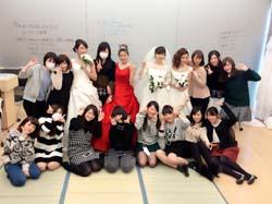 コーディネートの授業にて 下の列右から4番目が田村さん