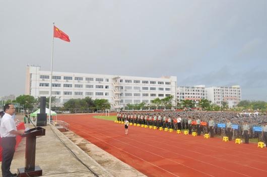学校新入生入学式で挨拶(2016年8月)