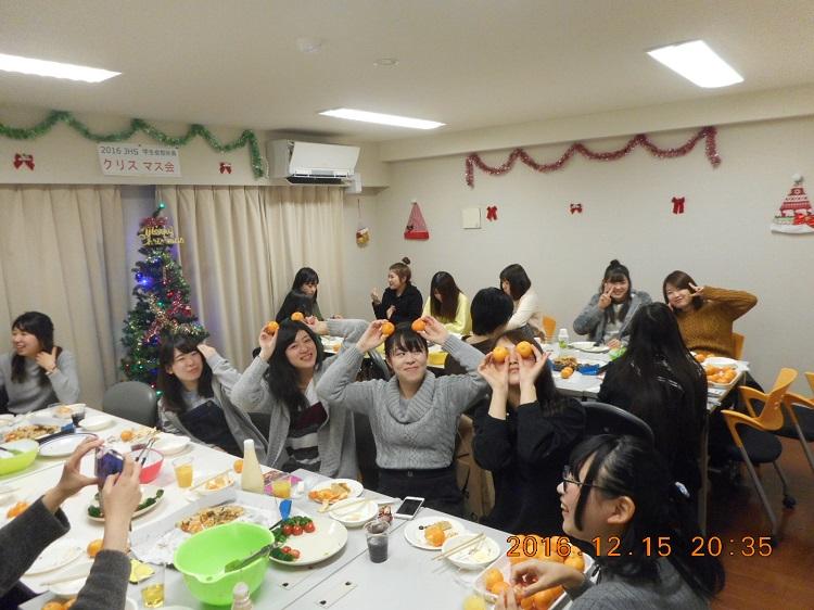 クリスマスパーティの様子