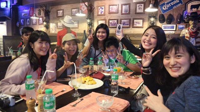 マニラのレストラン・ステーキハウスで。美味しかったです。