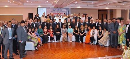 ガラデイナ終了時の記念写真:各国からの代表参加者一同