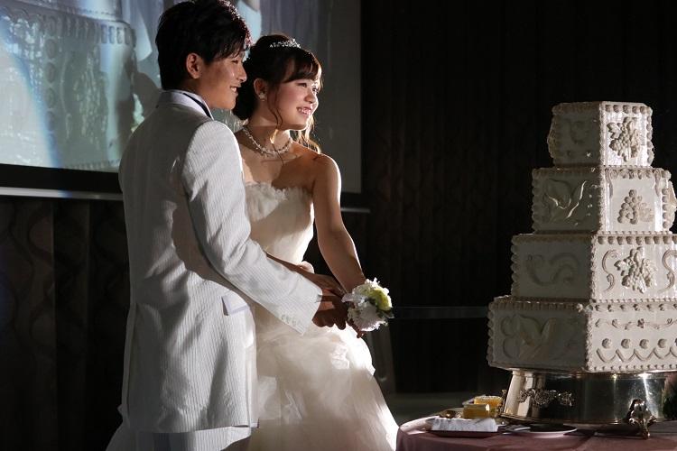学生が役割を担う結婚模擬披露宴