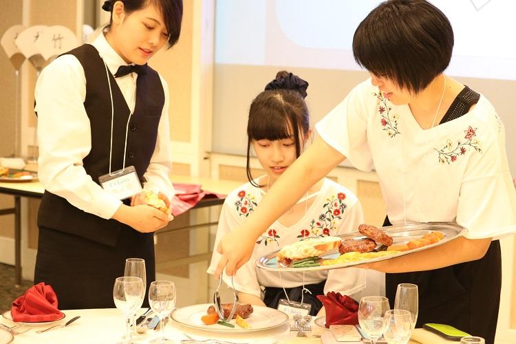体験授業-宴会サービス