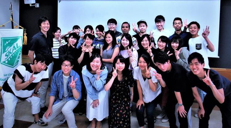 YSCJ組織について説明を受けた英語専攻科2年生