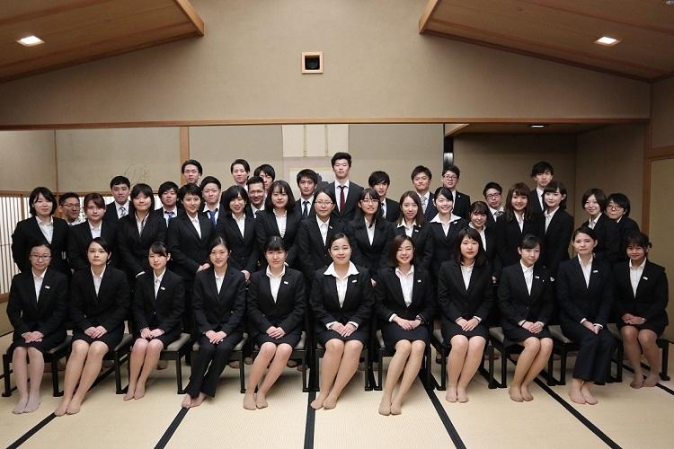 ホテル椿山東京での和食体験&ホテル見学を終えて集合写真