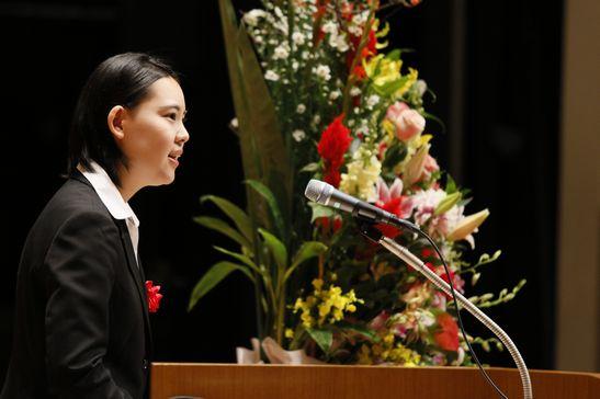 中島先生の印象に残った弁士は我妻京香さん(宮城県仙台三桜高校出身)。「一言一言とても大事に、丁寧に、分かりやすく、聞きやすく、話そうとしている気持ちが伝わってきました。」といったコメントをいただきました。