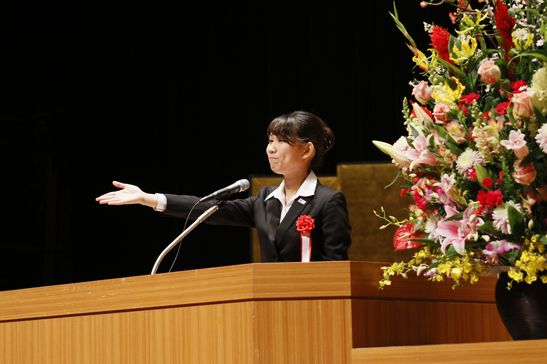 山下先生は「今の時代に手書きを大切にしたい」というテーマで弁論を行なった三田葵(東京都立城東高校出身)さんが印象に残ったそうです。