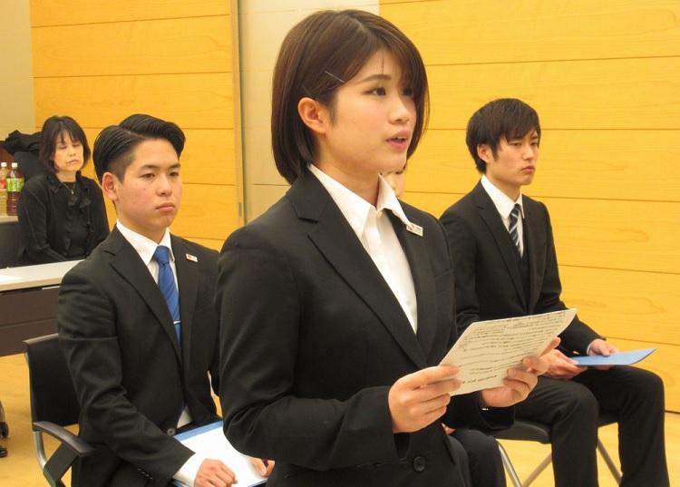 海外ホテル研修生 学生代表挨拶 腰塚さん