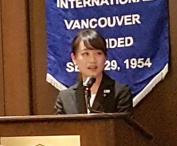 YSCJを代表してスピーチする松岡千秋さん