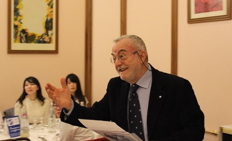 代表のAntonio Percario氏から挨拶