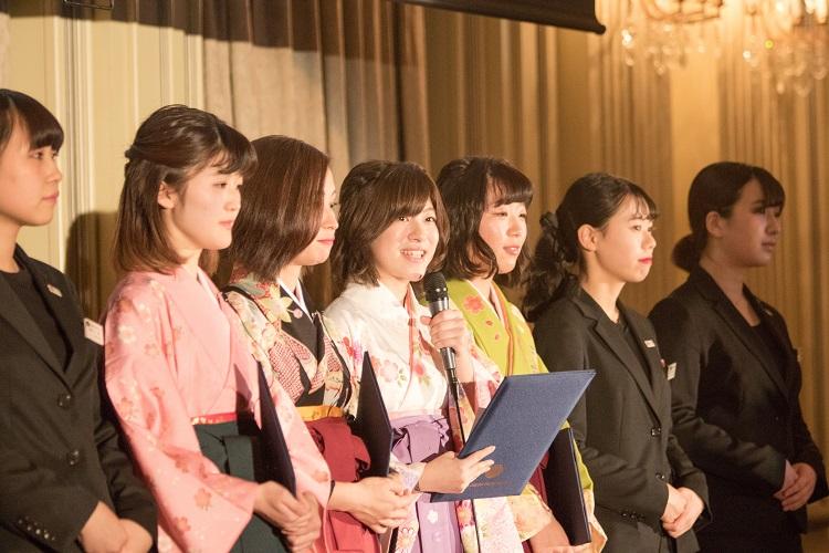 「卒業式袴展示会プロジェクト」報告(夜間部ブライダル科)