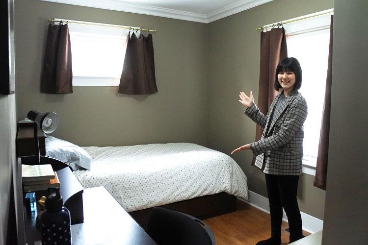 ホームステイ先ではプライベート空間を保った部屋があります。
