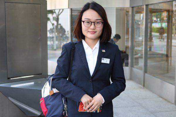 「日本のおもてなしを学び、ホテルへの就職をめざします!」<br/>昼間部ホテル科<br/>薛 嬌雯さん<br/>ユニタス日本語学校出身