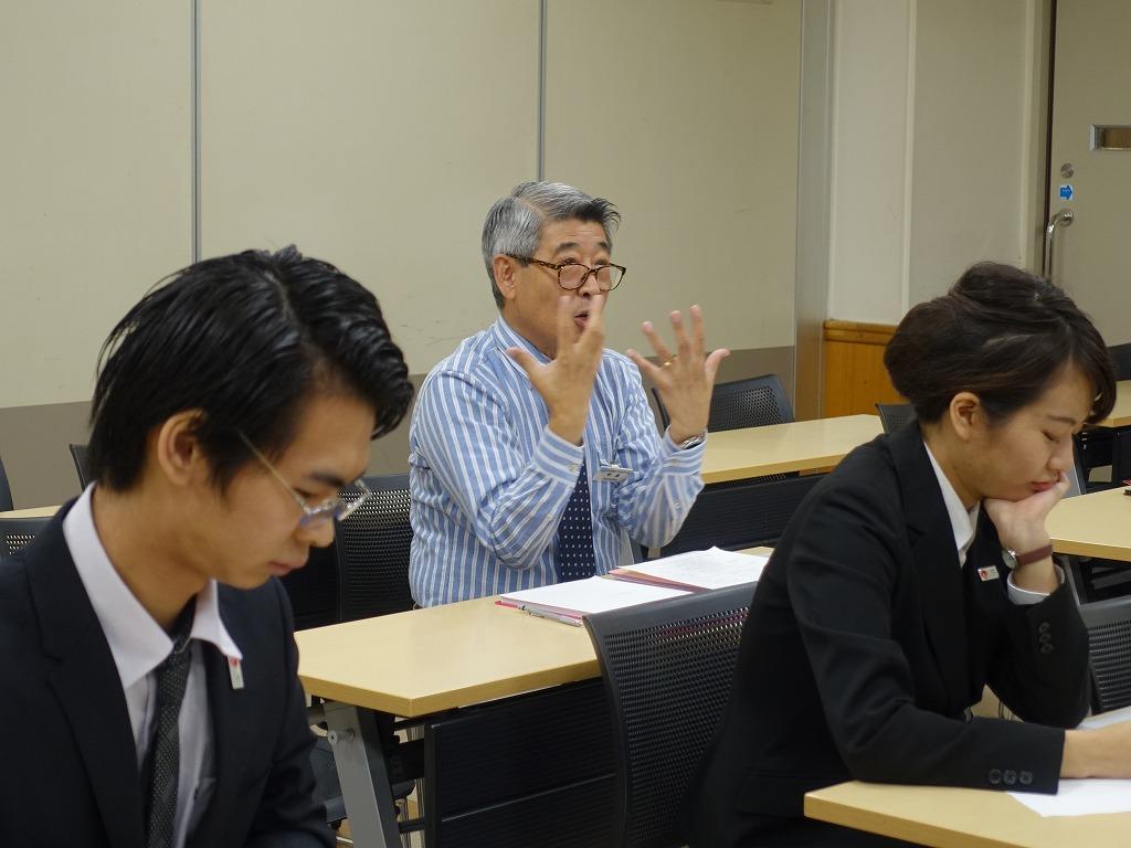 中間発表ということで中島先生からのコメントにも熱が入っています