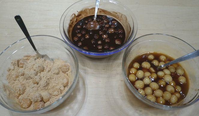 3種類の味♪ みたらし餡・練り餡、きな粉