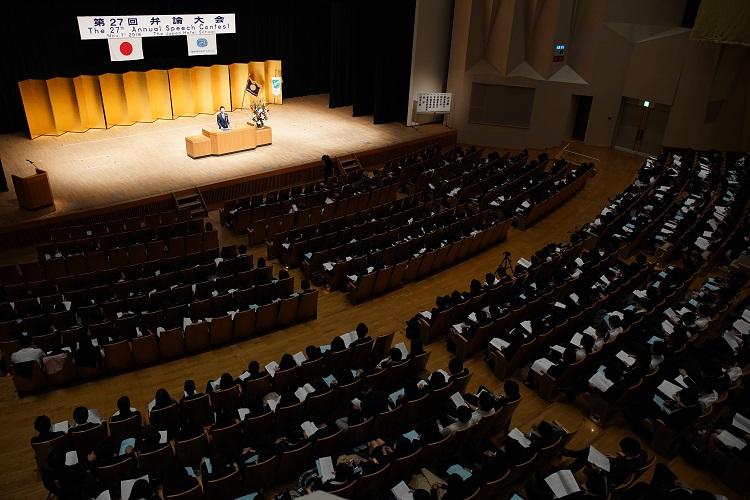学校の一大イベント・産学連携の「弁論大会」