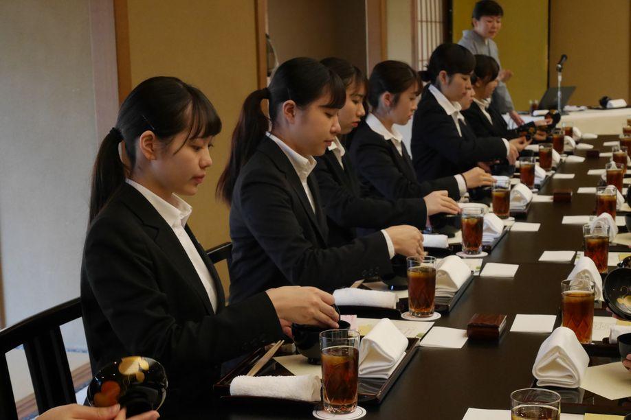 和食はマナーが大切!最初は緊張しますよね(ホテル椿山荘東京)