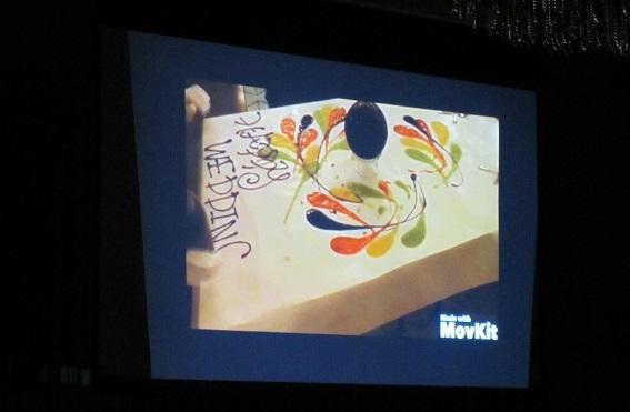 「感謝」/ゲストが楽しめる演出「テーブルアート」・イタリアンレストラン「ソロモンズ(Solomons)」様の協力を得て紹介