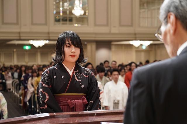 最優秀学生賞/夜間部ホテル科小出ふみさん