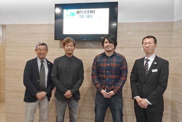 左から、中島先生、城アラキ先生、川口幸範先生、川上先生