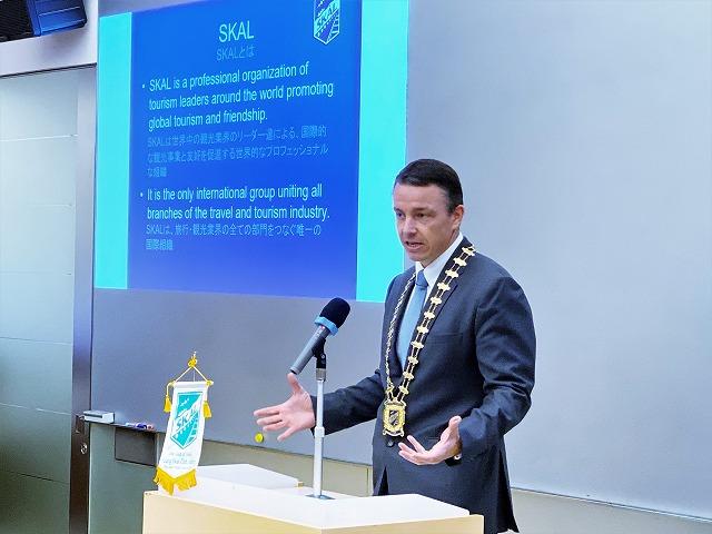 YSCJ会員の学生へ祝辞ならびに新会員たちへ期待の言葉 Fabien Clerc(ファビアン クレール)会長(Skal International 東京)