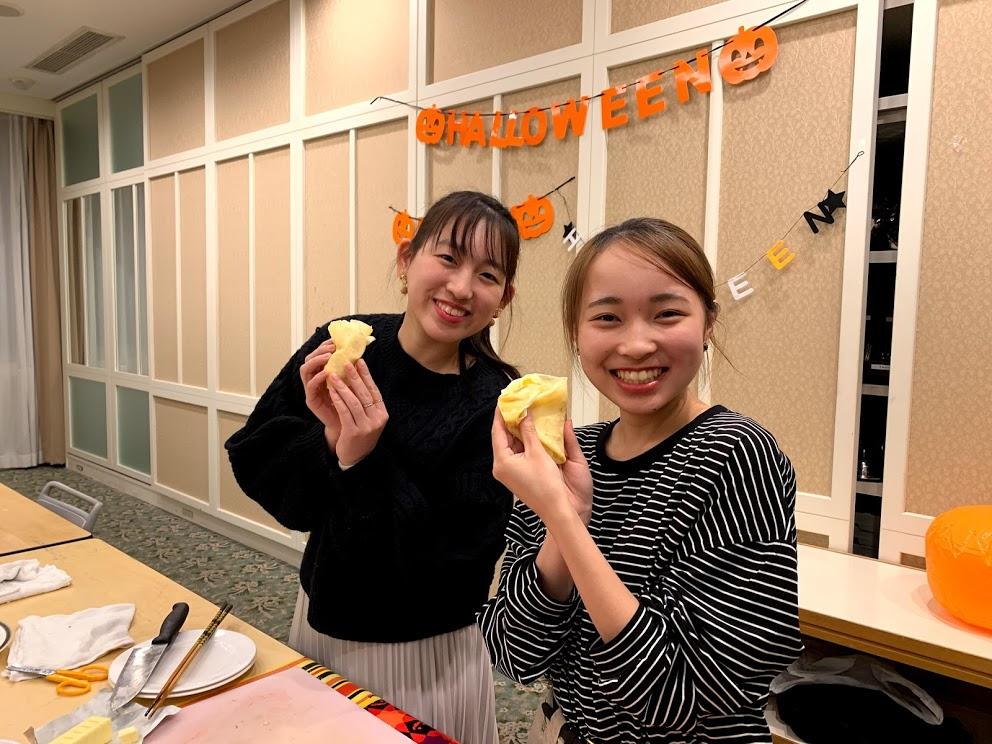 日本人学生も一緒に作りました!